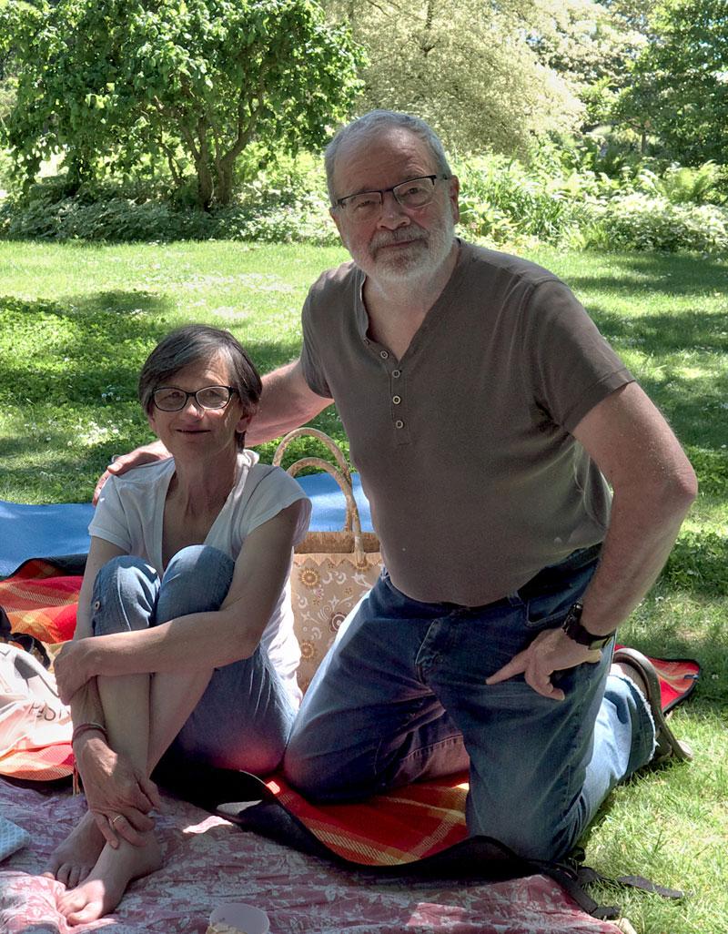 Pique-nique au Parc V. Thuillat été 2019, Martine et Bernard, notre photographe